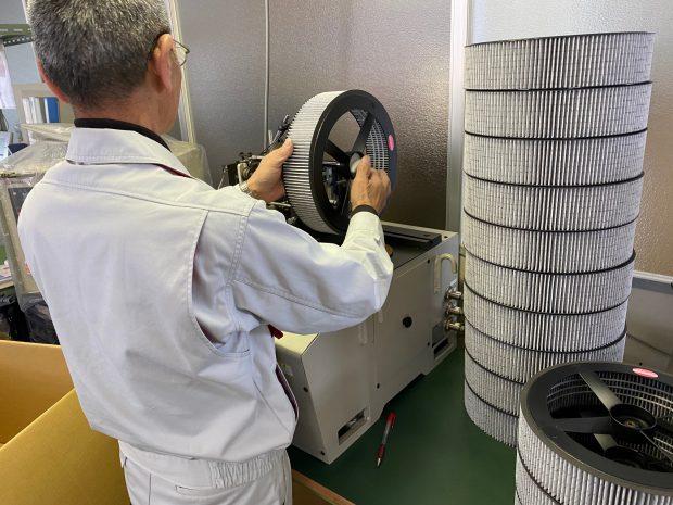 空気清浄機用フィルターのバランス検査
