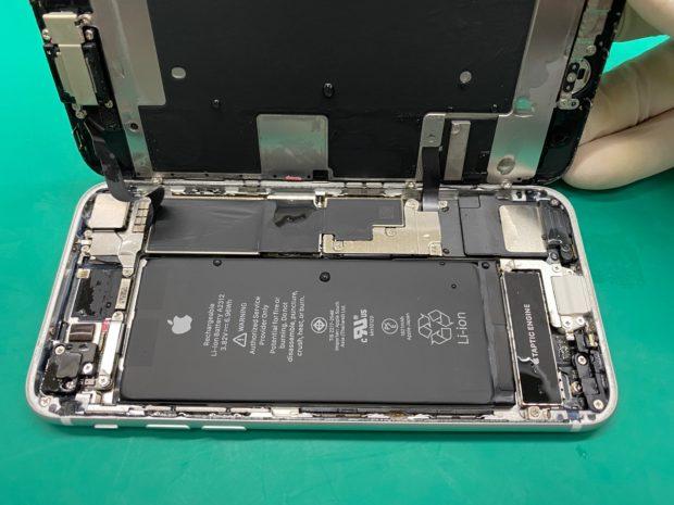 松本市でiPhone修理|松本市内からiPhone8水没修理(分解・乾燥作業)にご来店頂きました
