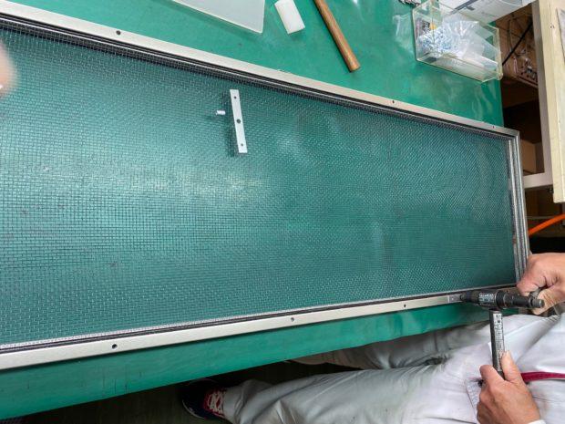 鉄道車両用電子フィルターの生産