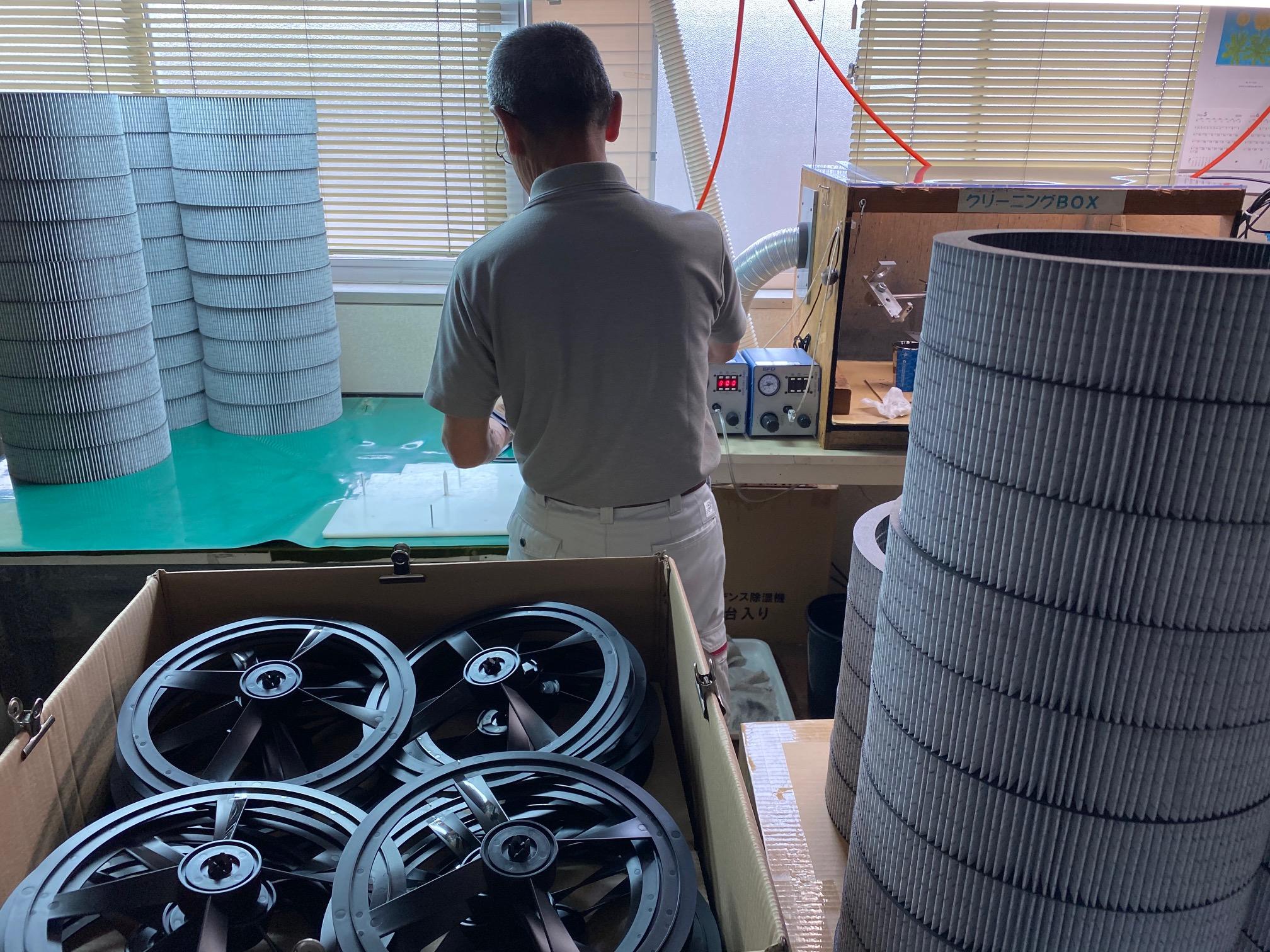 空気清浄機用交換フィルターの生産